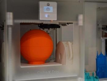 Cubify 3D Printer.
