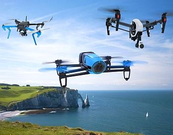 Квадрокоптер с видеокамерой.