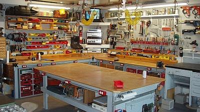 Домашнее производство в гараже.