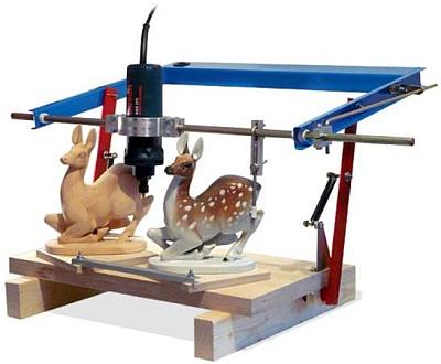 3D принтер игрушек из дерева.
